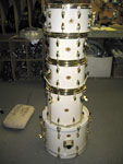 Slingerland: Studio King Creme White, w/ Gold Hardware